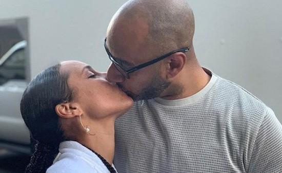 Thể hiện tình yêu với chồng, Alicia Keys khiến cả thế giới ghen tỵ