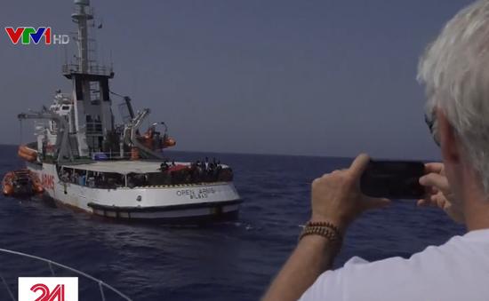 Diễn viên Hollywood hỗ trợ người di cư Địa Trung Hải