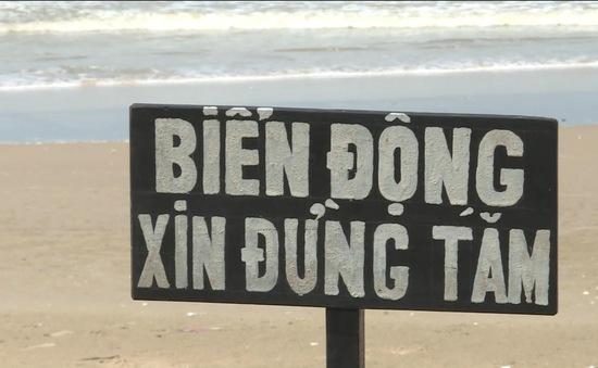 Bình Thuận cảnh báo du khách không tắm biển trong thời điểm này