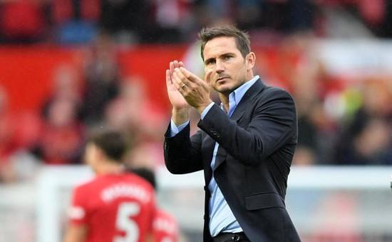 """Frank Lampard: """"Sẽ còn nhiều bài học khắc nghiệt hơn thế"""""""