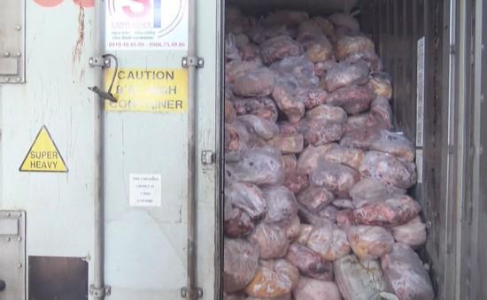 Đồng Nai: Phát hiện hơn 40 tấn thịt không rõ nguồn gốc tại cơ sở giò chả