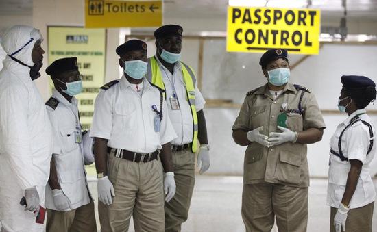 Nigeria cảnh báo dịch Ebola với các hãng hàng không
