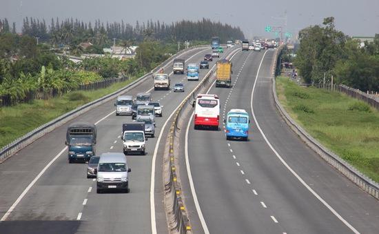 Đề xuất thu phí trở lại cao tốc TP.HCM - Trung Lương