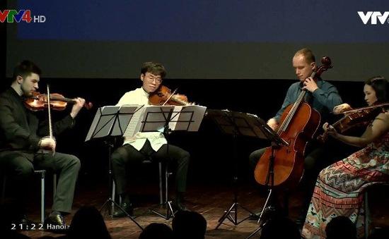 Thú vị hành trình âm nhạc từ Đông sang Tây