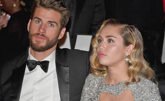 Gia đình Miley Cyrus - Liam Hemsworth muốn cả 2 suy nghĩ lại