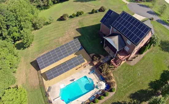 Tesla mở dịch vụ cho thuê pin năng lượng mặt trời