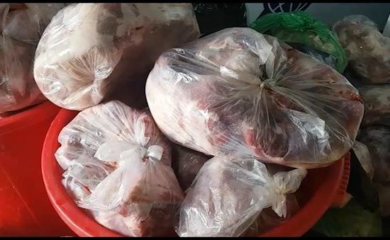 Phạt 100 triệu đồng cơ sở trữ thịt thối ở Lâm Đồng