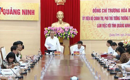 Phó Thủ tướng Trương Hòa Bình làm việc tại Quảng Ninh