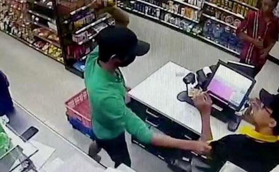 Bản án thích đáng cho băng cướp nhí cướp cửa hàng tiện lợi