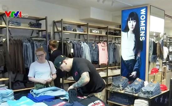 Nhiều thương hiệu đánh giá lại vai trò của các cửa hàng hàng đầu