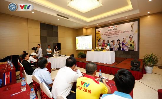 Họp báo bình chọn danh hiệu Hoa khôi VTV Cup Tôn Hoa Sen 2019
