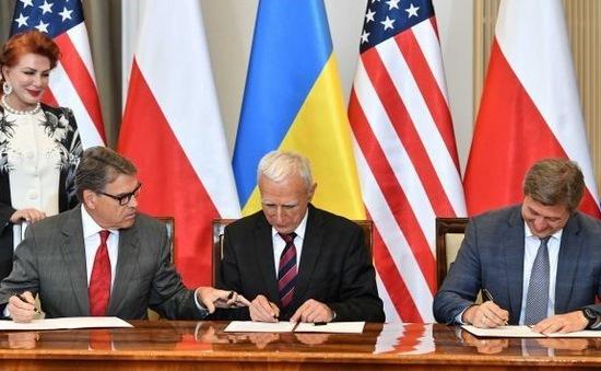 Ba Lan, Ukraine, Mỹ ký thỏa thuận hợp tác về vận chuyển khí đốt