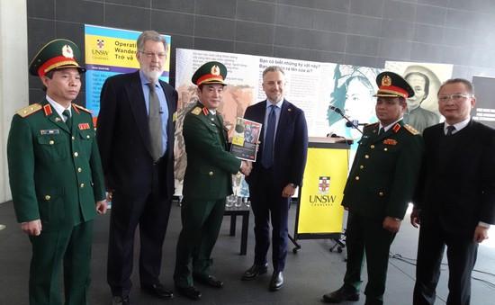 """Australia bàn giao """"Dự án số hóa thông tin liên quan đến bộ đội Việt Nam hy sinh trong chiến tranh"""" cho Việt Nam"""
