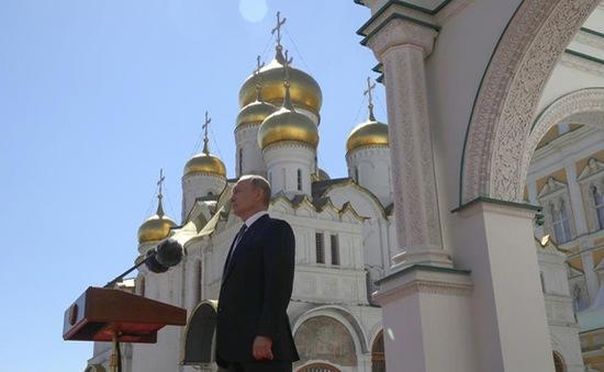 Nga sa thải các quan chức để gián điệp của CIA chạy trốn