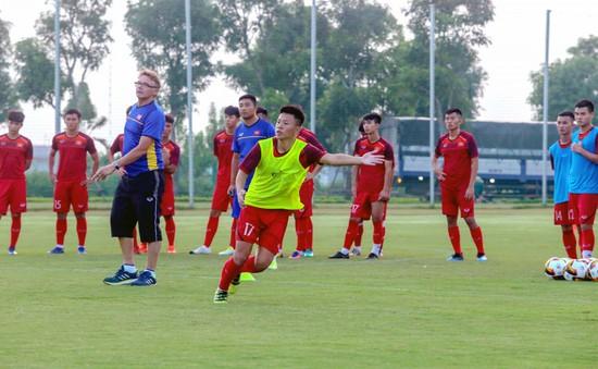 ĐT U19 Việt Nam hào hứng tập luyện dưới sự hướng dẫn của HLV Philippe Troussier