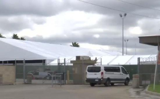 Mỹ thiết lập tòa án gần biên giới để giải quyết việc xin tị nạn