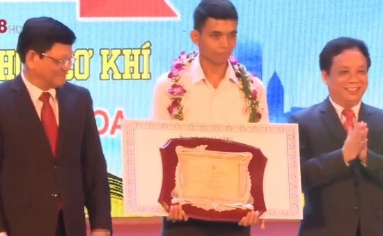 Lễ vinh danh thủ khoa Đại học Đà Nẵng 2019