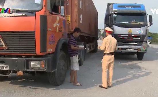Thiếu chế tài xử phạt mất an toàn vận chuyển container