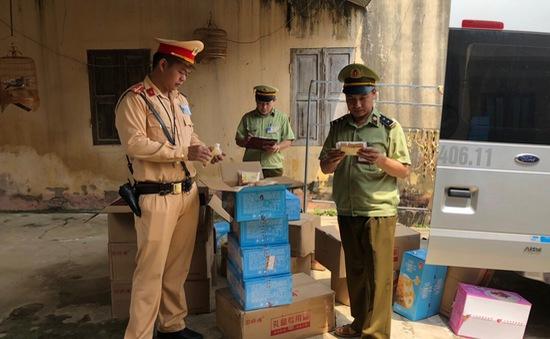 Thu giữ gần 16.000 chiếc bánh nhập lậu từ Trung Quốc