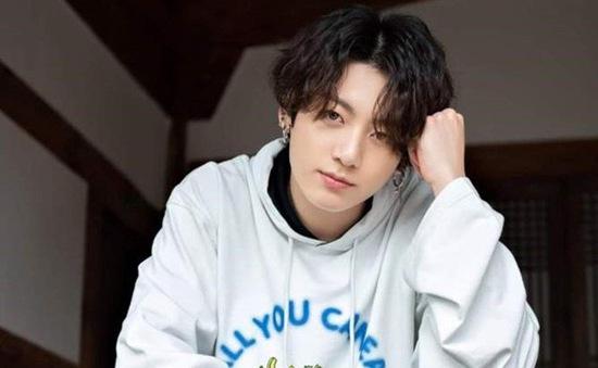 Jungkook (BTS) phủ nhận tin hẹn hò với nghệ sĩ xăm hình