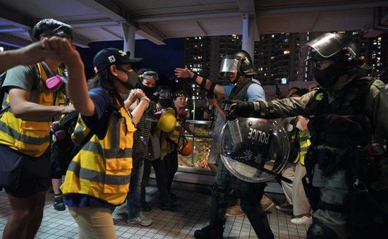 Chính quyền Hong Kong (Trung Quốc) lên án biểu tình bạo lực