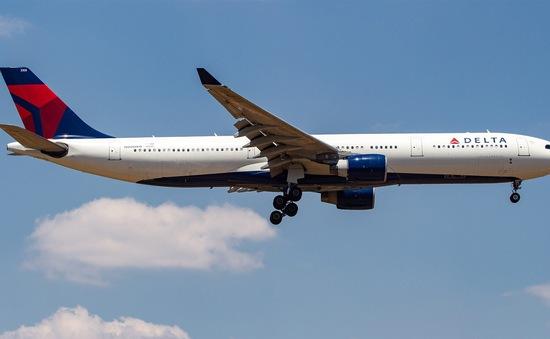 Hành khách thót tim khi máy bay rơi tự do hơn 9.000m