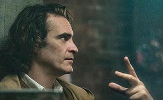 Đạo diễn Todd Phillips phủ nhận việc viết vai Joker cho Leonardo DiCaprio