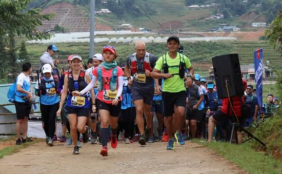 Hơn 4.000 VĐV hoàn thành giải chạy địa hình lớn nhất Việt Nam khi trời chớm rét ở Sa Pa