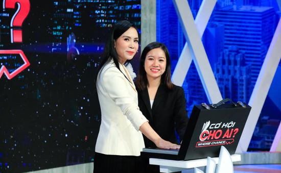 """Cơ hội cho ai: """"Sếp"""" Nam Tiến bất ngờ dùng bài hát Sơn Tùng MT-P để thuyết phục ứng viên"""
