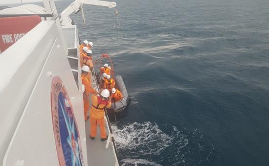 Cứu nạn ngư dân Phú Yên bị tai nạn lao động nguy hiểm tính mạng