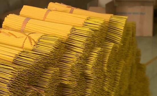 Nhiều doanh nghiệp Việt lao đao khi Ấn Độ ra quyết định dừng nhập khẩu hương nhang