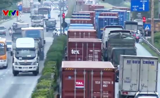 Nghiên cứu chế tài xử lý xe vận chuyển container mất an toàn
