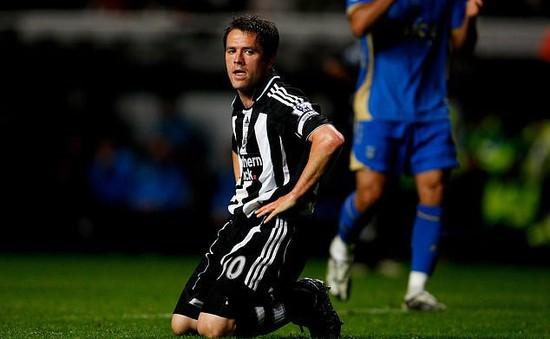 Michael Owen tiết lộ sự thật phía sau vụ chuyển nhượng tới Newcastle
