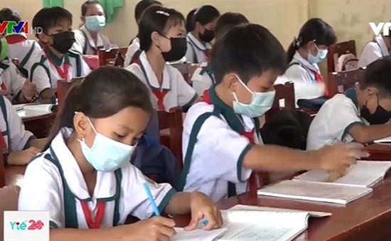 Cà Mau: Hàng trăm học sinh phải nghỉ học vì bị cúm mùa