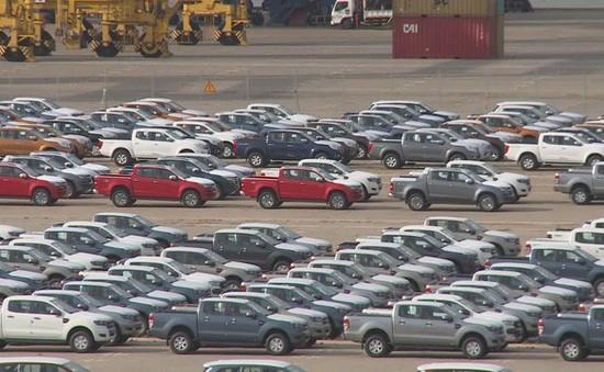 Hơn 400 ô tô ngoại vào Việt Nam mỗi ngày