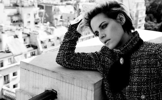 Kristen Stewart: Tự tin, quyến rũ, không sợ tuổi 30