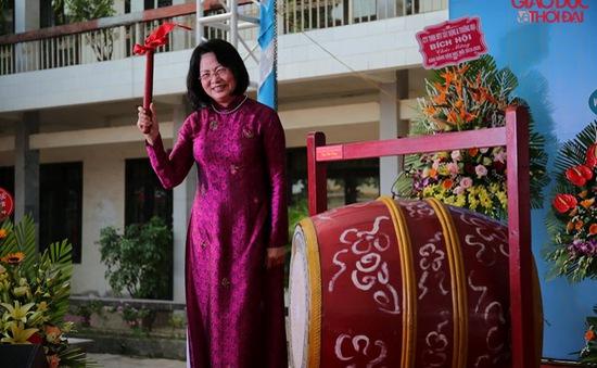 Phó Chủ tịch nước Đặng Thị Ngọc Thịnh dự khai giảng năm học mới tại Nam Định