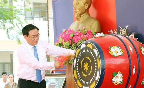 Phó Thủ tướng Vương Đình Huệ dự khai giảng ở Thái Bình