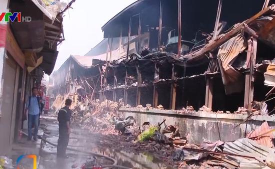 Cần thông tin kịp thời mức độ ô nhiễm sau vụ cháy công ty Rạng Đông