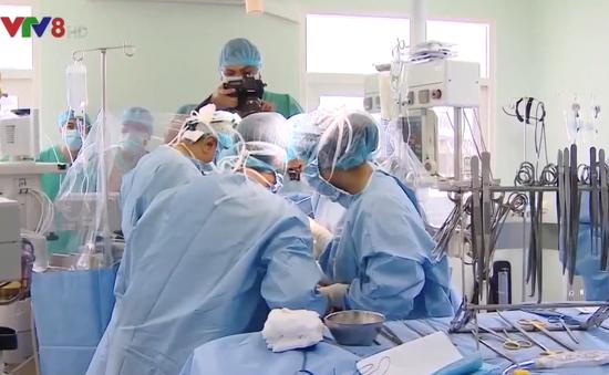 Ca ghép gan thành công mở ra mô hình mới trong ghép tạng