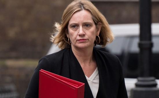 Bộ trưởng Bộ Việc làm và Hưu trí Anh từ chức