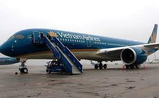 Vietnam Airlines lùi giờ 5 chuyến bay đi Nhật Bản do bão Faxai