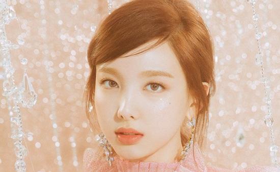 JYP tuyên bố dùng pháp luật xử lý kẻ theo dõi thành viên nhóm TWICE