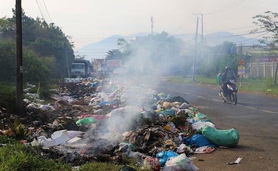 Lâm Đồng: Rác tràn ngập trung tâm thành phố Bảo Lộc