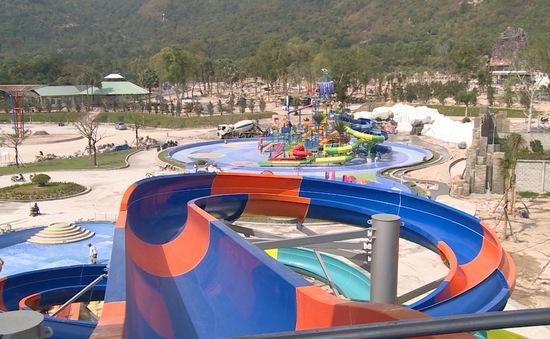 Xây dựng công viên nước giữa vùng Bảy Núi