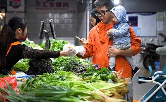 Thị trường bán lẻ Trung Quốc nhộn nhịp trước dịp Tết Nguyên đán