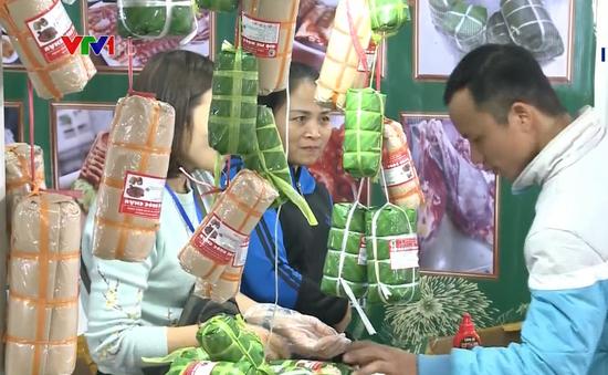 Khai mạc Hội chợ Xuân Giảng Võ và đồ uống