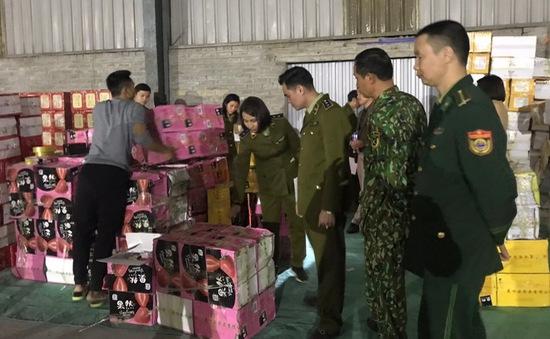 Lào Cai: Thu giữ 1,1 tấn bánh kẹo phục vụ Tết không rõ nguồn gốc