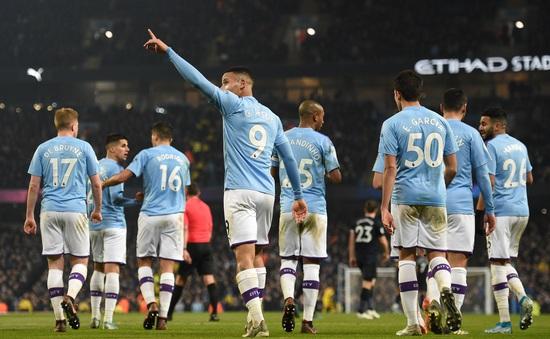 Man City vẫn chưa hết cơ hội dự Champions League