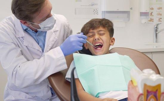 Tại sao răng lại nhạy cảm với cảm giác đau?